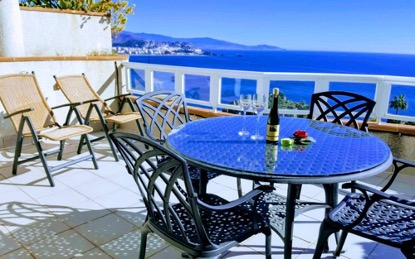 holiday apartments with kaarsberg estates real estate agency for property sales fuengirola malaga marbella